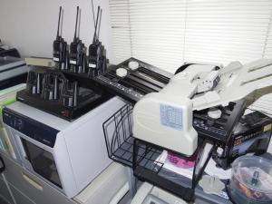 無線機とデュープリケーターと折り機